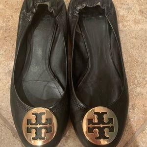 Black leather Reva flats